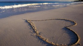 heart-love-ocean-waves