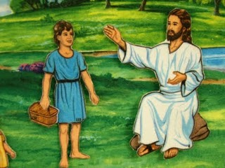 boy-gives-lunch-to-Jesus