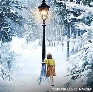 narnia-lightpost